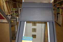 Sanierung Dachfenster mit Sonnenschutzsystem