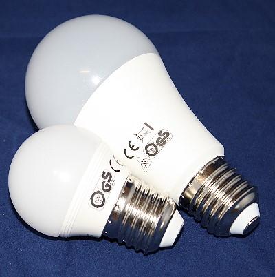 2 LED's Leuchten im Verbrauchsvergleich